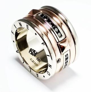 Custom Gold Spinner Ring