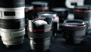 Fixed Lenses vs. Zoom Lenses