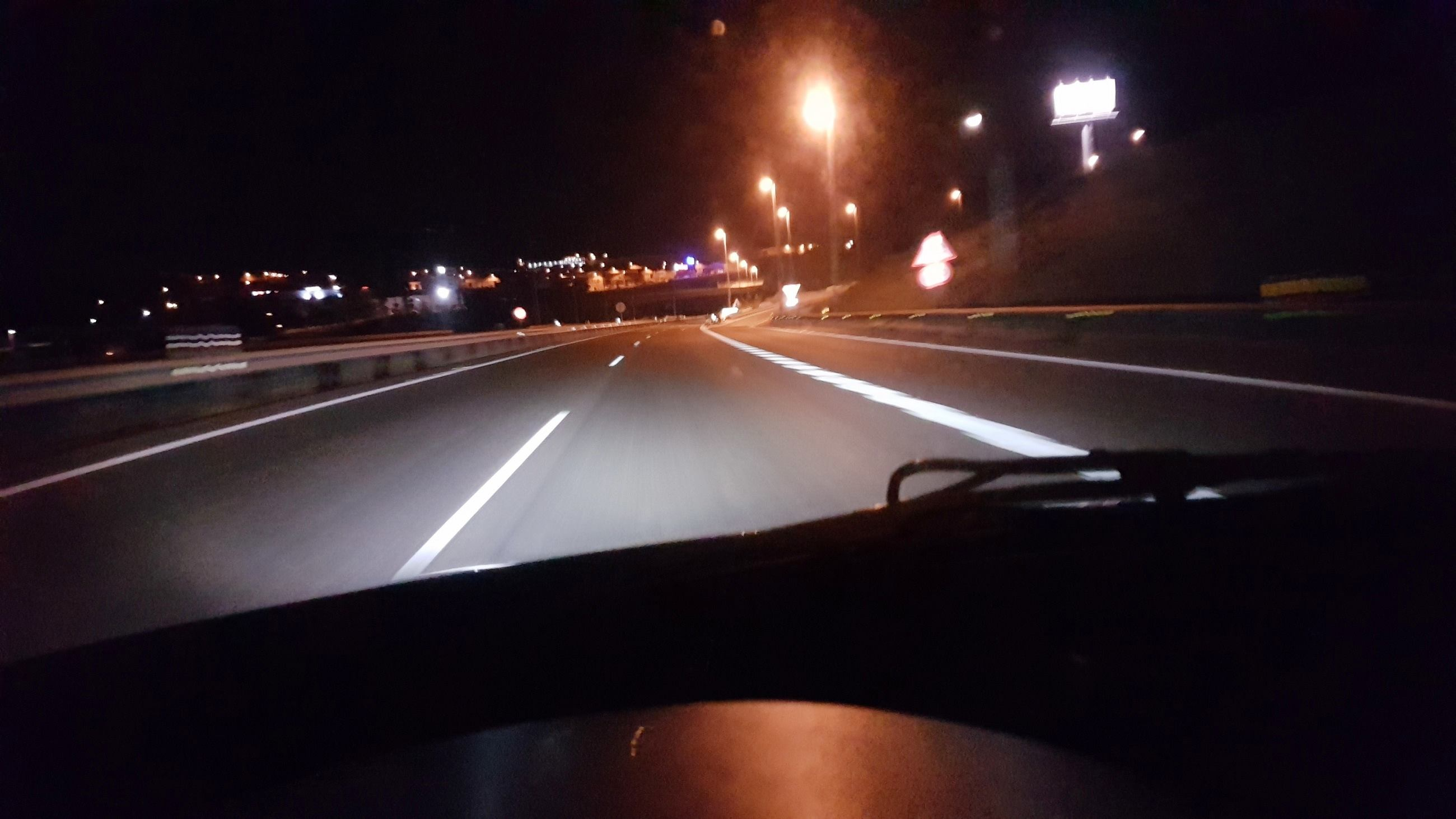LEDIAMOND_PUREWHITE_NICTITANTE_Autovía