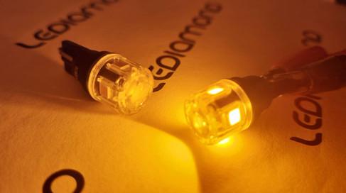 LEDIAMOND W5W-T10 CLEAR AMBAR 1 LUZ.jpg