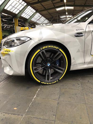 SPORTTYRE DUNLOP BMW.jpg