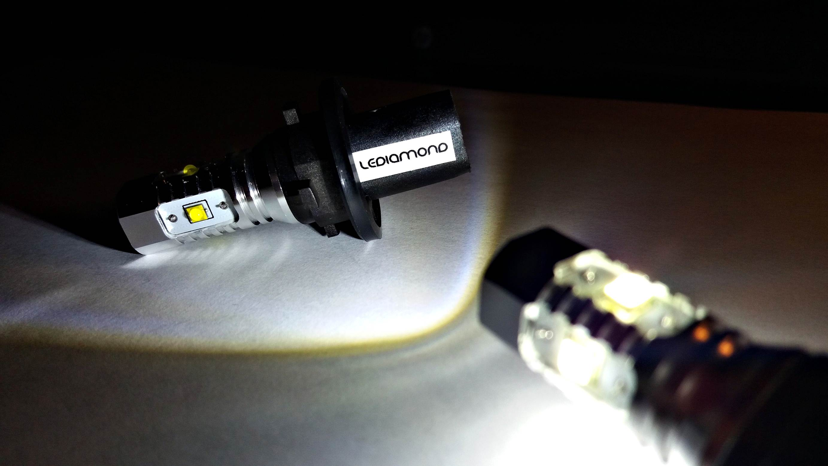 LEDIAMOND HP24W EFECTO 30W CREE EEUU LUZ2