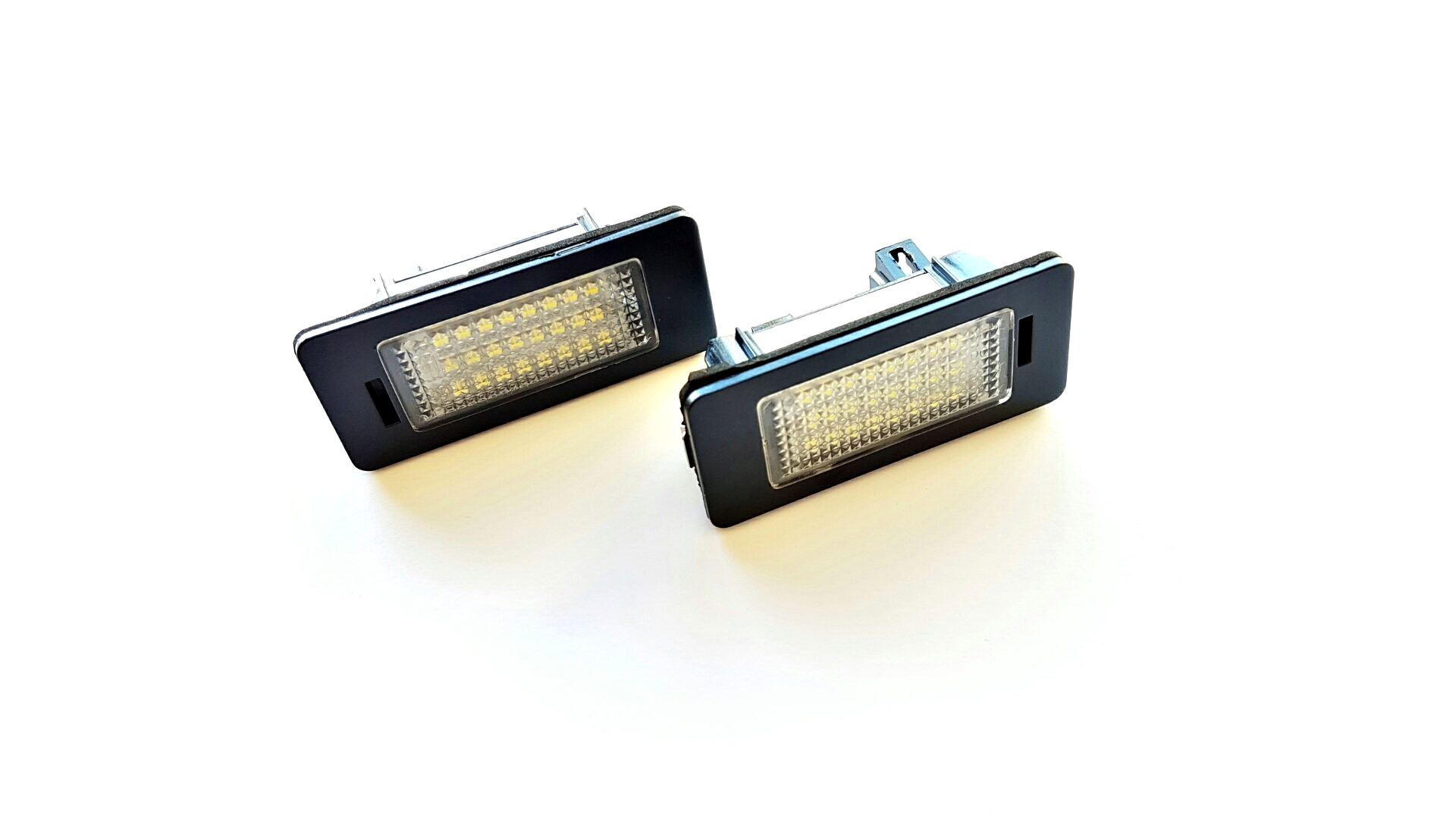 PLAFONES MATRICULA LED AUDI A1 A4 A5 A6 A7 Q5 TT RS5 LEDIAMOND LMD030802