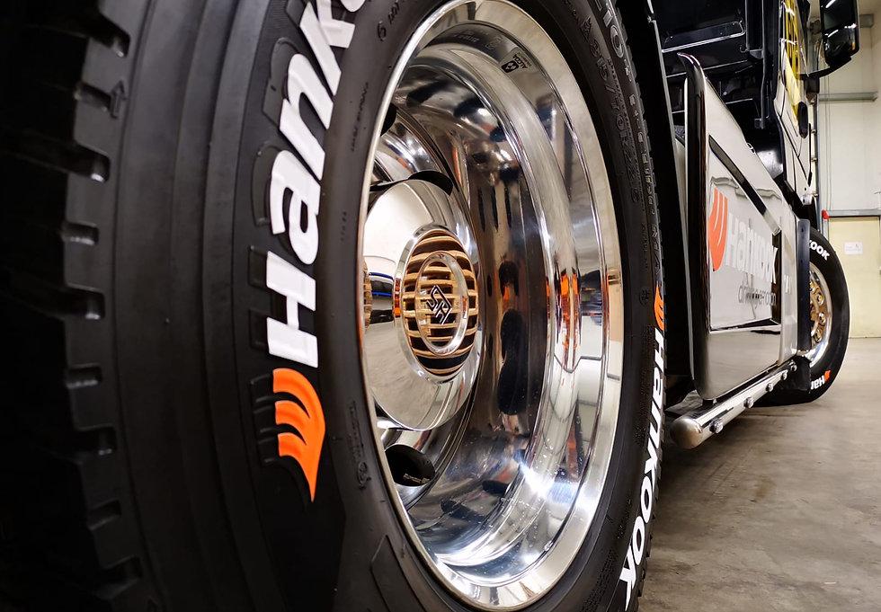 SportTyre EVO2MAX: Números Individuales de Altas Prestaciones para camión/truck