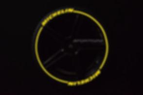 MICHELIN con SportTyre EVO3 amarillo log