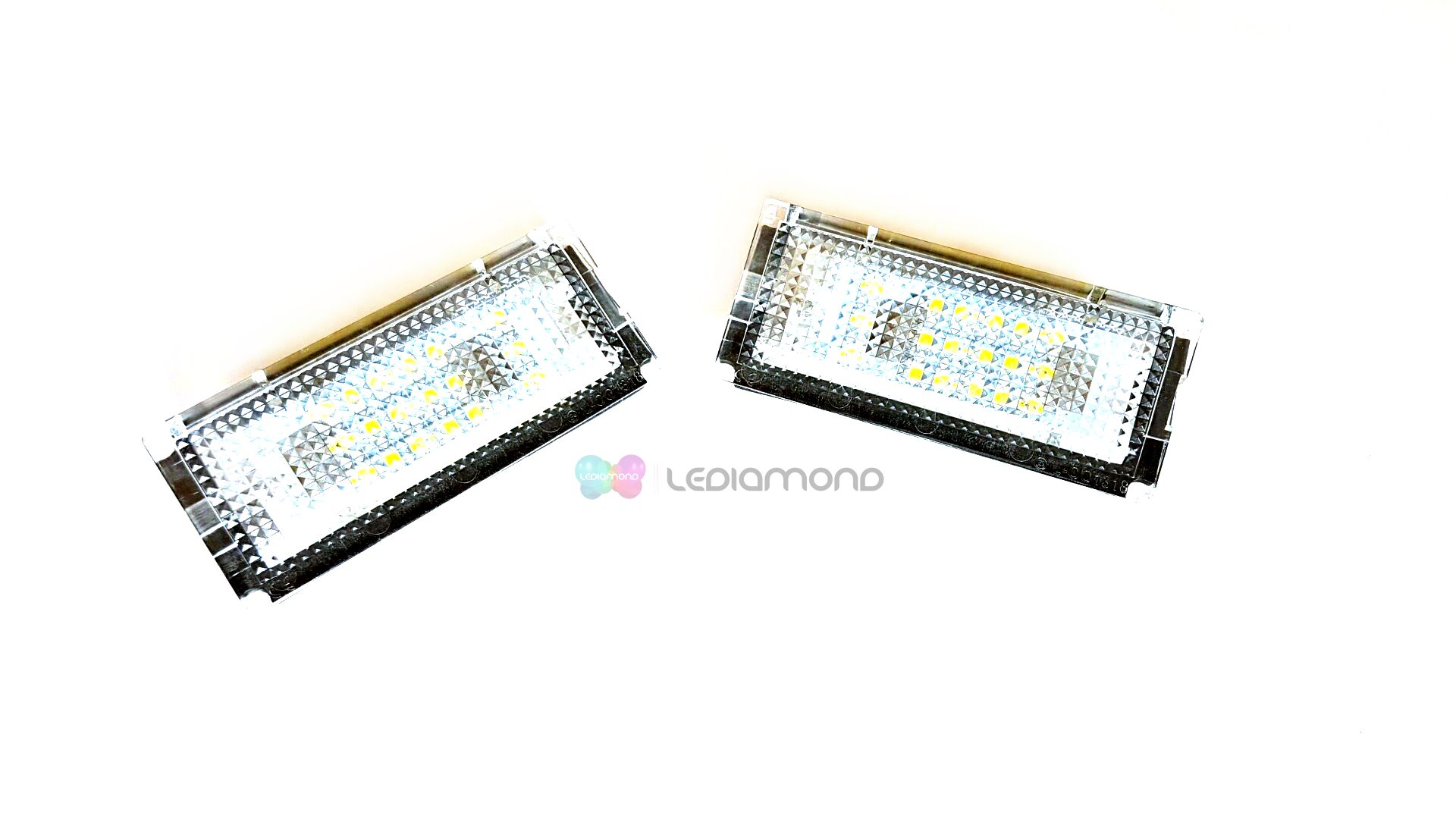 PLAFONES MATRICULA LED BMW E46 SEDAN Y TOURING LEDIAMOND LMD030106