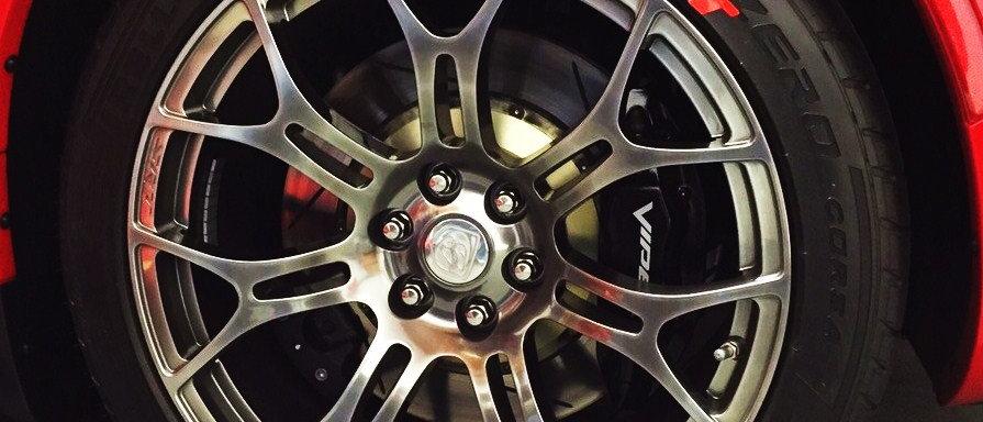 SportTyre EVO2: Pack 40 letras (10 letras x 4 neumáticos) MOTORSPORT, VOLKSWAGEN