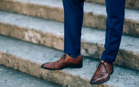 7 สไตล์ รองเท้าผู้ชายที่นิยมใส่กับสูท
