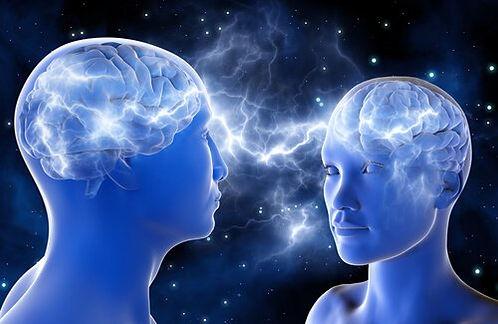 dos-personas-conectadas-cerebro.jpg