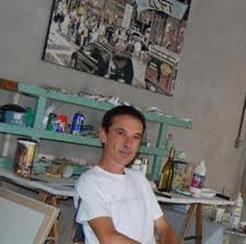 Photo de Patrice Mortier dans son atelier en 2004