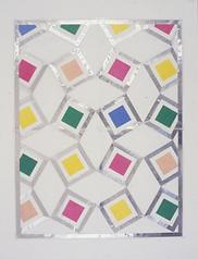 Des carrés de couleur sur une feuille argentée