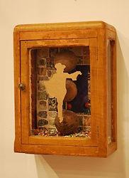boite en bois décorée d'une danseuse