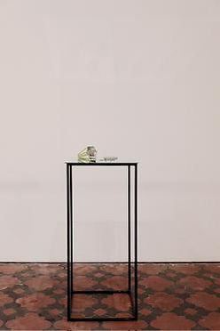 Le kaléidoscope, 2013.  Bois, verre, masking tape, miroir, acier. 45x38x110 cm.  © Gerald  Petit