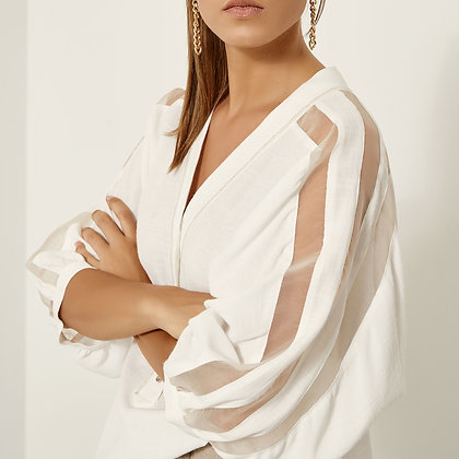 Access fine blouse with loose sleeve