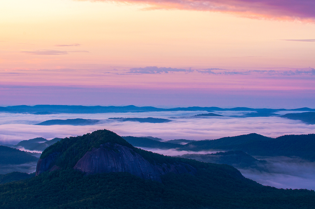 Sunrise at Looking Glass Rock