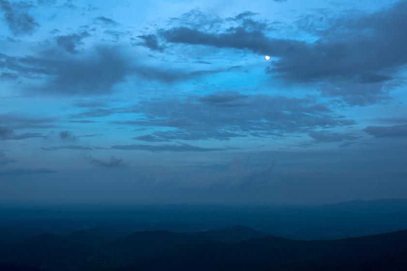 Moon OverRock Castle Gorge