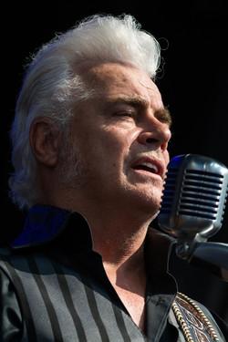Dale Watson Singing at Bristol