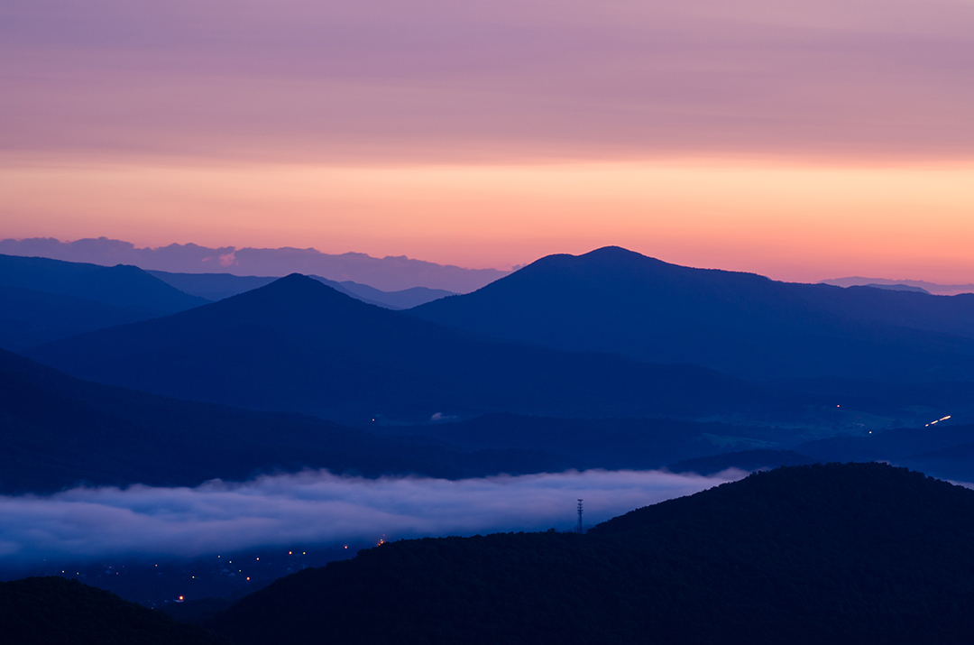 Pink Skies & the Blueridge Mtns