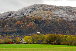 Fall Meets Winter, Church Hill