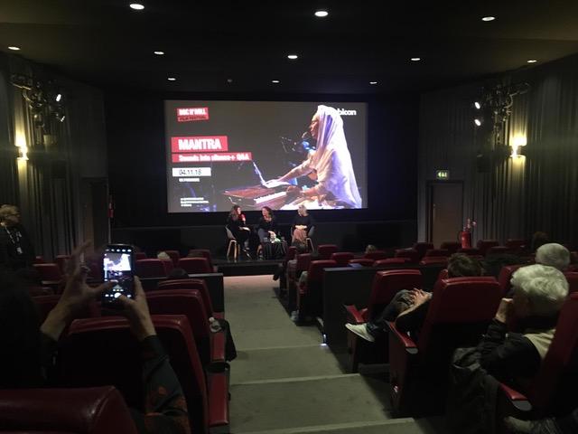 November London Premiere 1