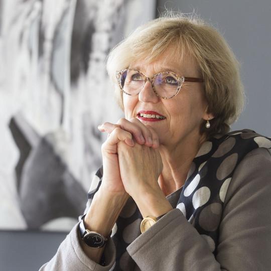 Drs. Cathy van Beek
