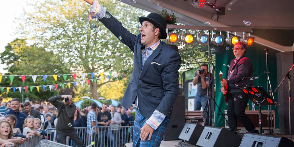 Dr Oz at Polperro Festival