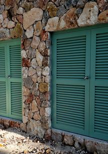 Louverd Doors