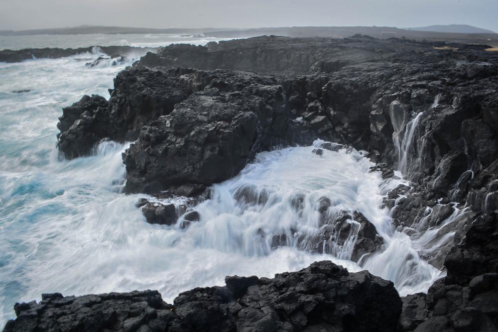 Brimketill lava rock pool.
