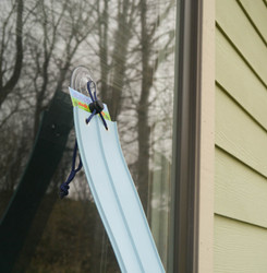 Off an Oustide Window using Suction Cup