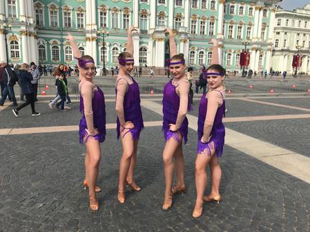 """MAINSTREAM"" на главной площади Петербурга!"