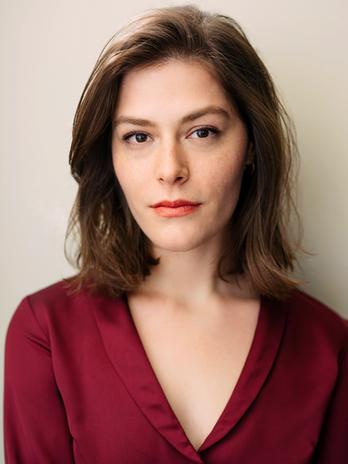 Allie Novell Headshot