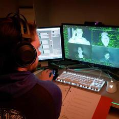 Critically Creative: Recent Grad Develops Online Performance Modification