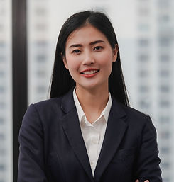 Young%20Businesswoman_edited.jpg