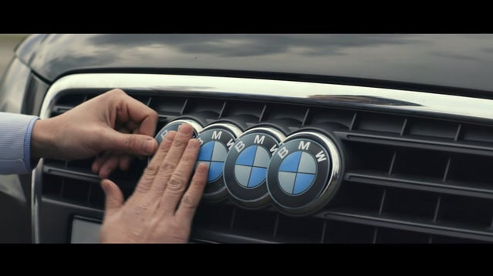BMW. ULTIMATE GIVING PLEASURE.