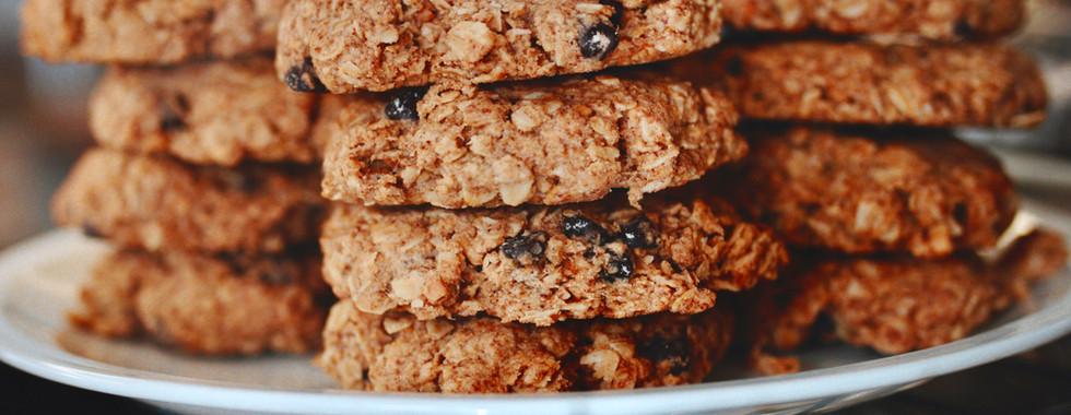 P.B. & Chocolate Chip Breakfast Cookies