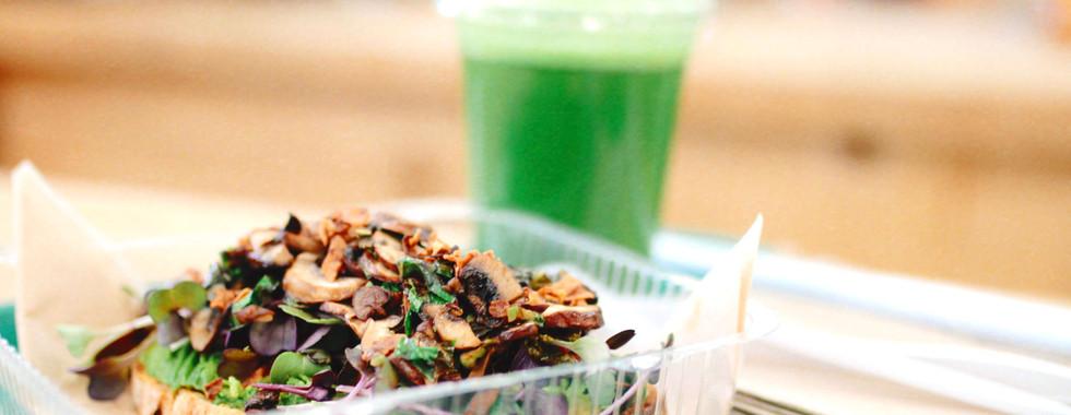 Loaded Mushroom Toast & Original Green Drink