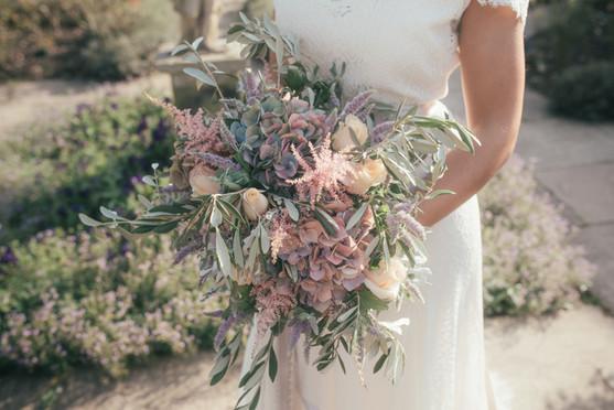 _Fine Art Style Garden Editorial - Lucy