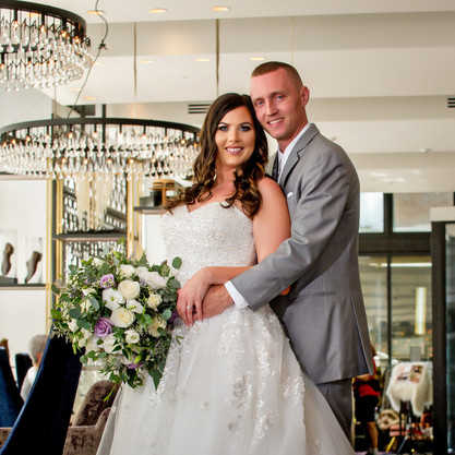 Cincinnati best most affordable wedding photographer Tammy Bryan highlight picture from Brooke & Duston wedding – 12