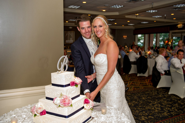Cincinnati best most affordable wedding photographer Tammy Bryan highlight picture from Catherine & Josh wedding - 22