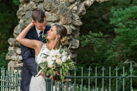 Cincinnati best most affordable wedding photographer Tammy Bryan highlight picture from Reegan & Ross wedding – 21