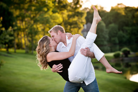 Cincinnati best wedding photographer Tammy Bryan engagement portfolio picture - 8