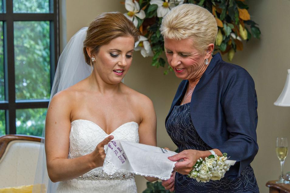 Cincinnati best wedding photographer Tammy Bryan wedding portfolio picture - 47