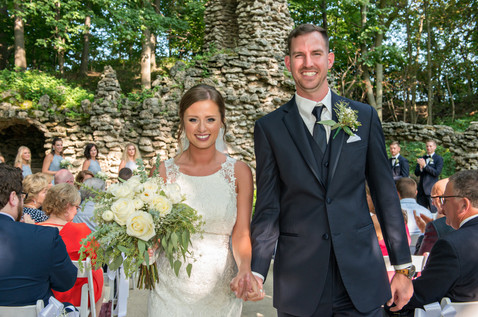 Cincinnati best most affordable wedding photographer Tammy Bryan highlight picture from Reegan & Ross wedding – 22