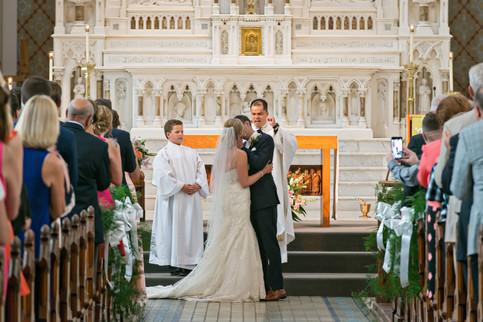 Cincinnati best most affordable wedding photographer Tammy Bryan highlight picture from Catherine & Josh wedding - 7