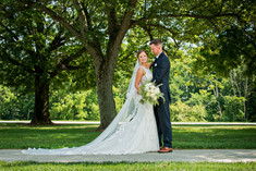 Cincinnati best most affordable wedding photographer Tammy Bryan highlight picture from Reegan & Ross wedding – 13