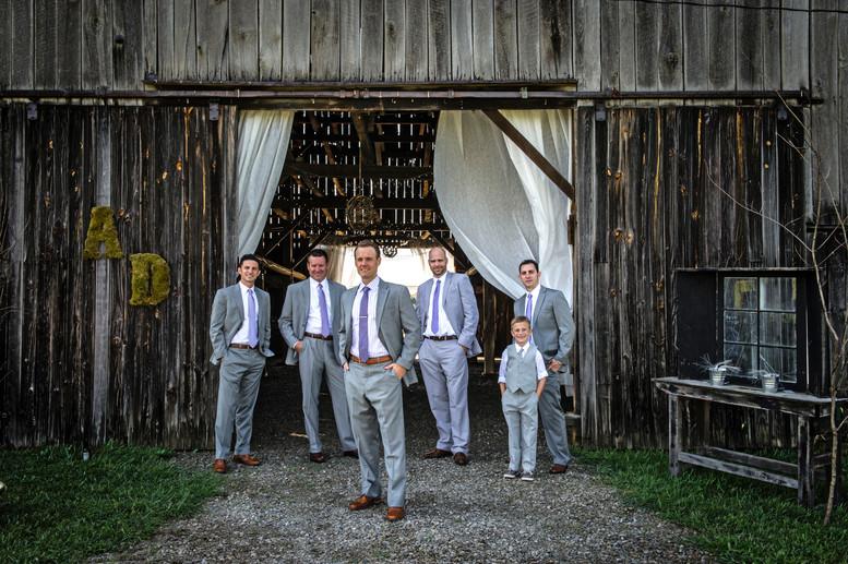Cincinnati best wedding photographer Tammy wedding portfolio picture - 40