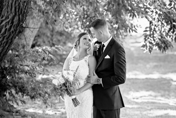 Cincinnati best most affordable wedding photographer Tammy Bryan highlight picture from Reegan & Ross wedding – 12