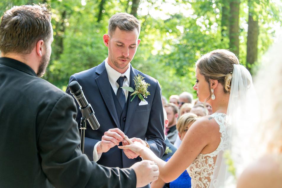 Cincinnati best wedding photographer Tammy Bryan wedding portfolio picture - 68