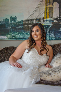 Cincinnati best most affordable wedding photographer Tammy Bryan highlight picture from Brooke & Duston wedding – 5
