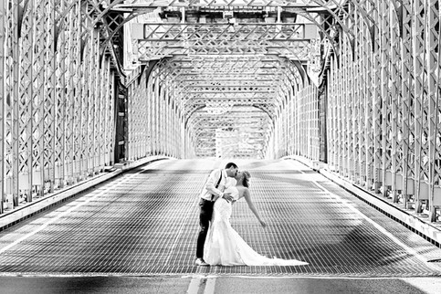 Cincinnati best most affordable wedding photographer Tammy Bryan highlight picture from Catherine & Josh wedding - 18